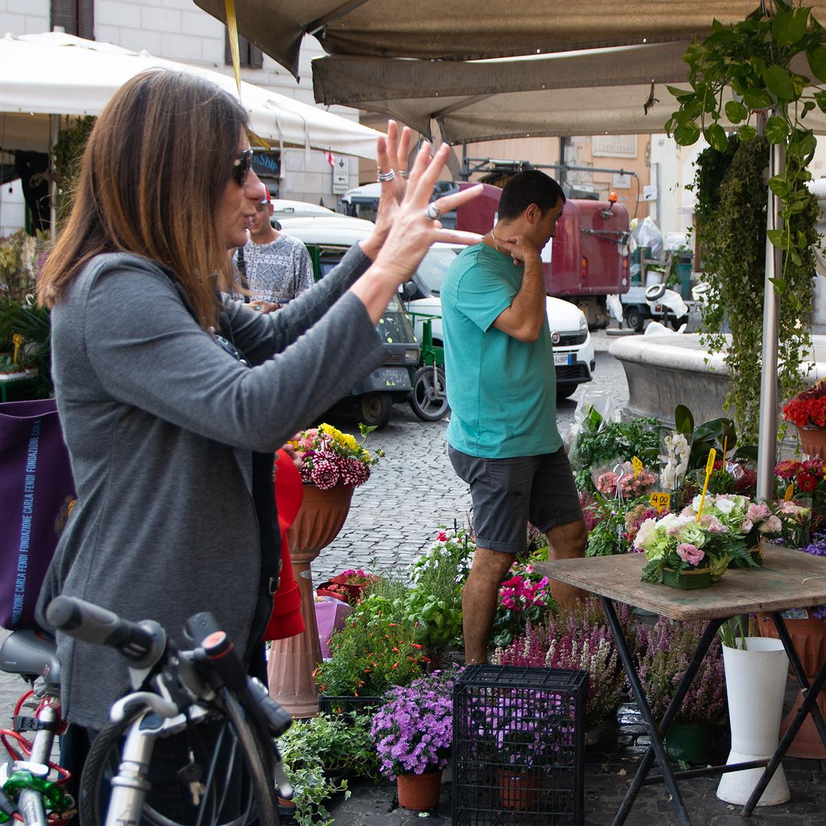 Week end à Rome : je chois et commande des fleurs avec les mains