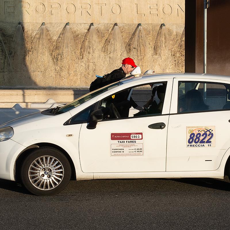 Les taxis conventionnés de la ville de Rome pour votre transfert aéroport à Rome