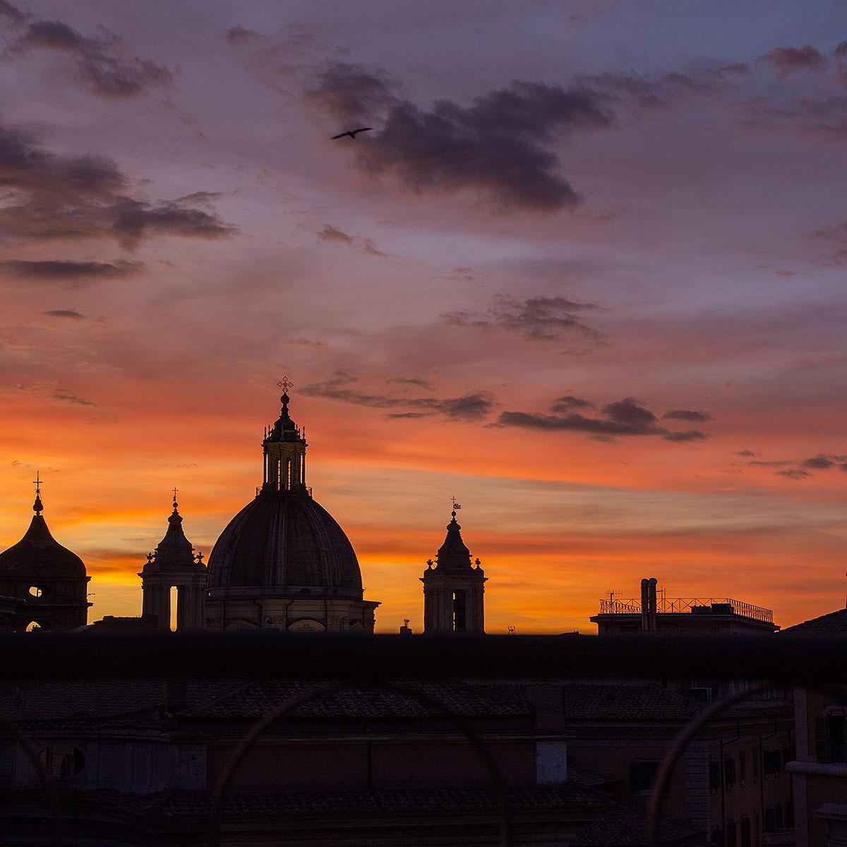 Coucher de soleil sur les toits de Rome