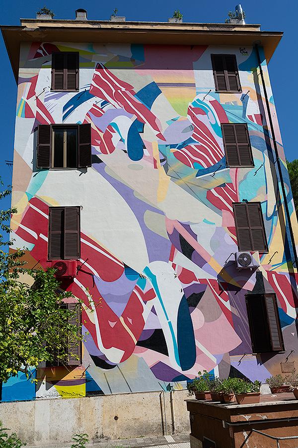 Street Art à Rome : SATONE (DE) - CASCADE DE MOTS