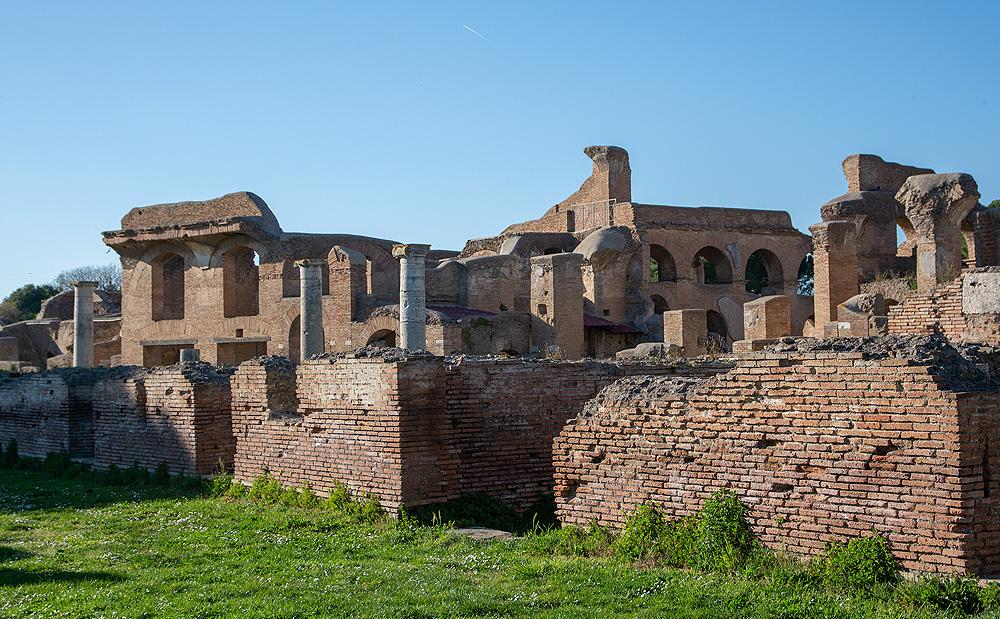 En dehors de Rome, il y a de fabuleuses découvertes comme Ostia Antica