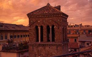 Apéritif en terrasse à Rome