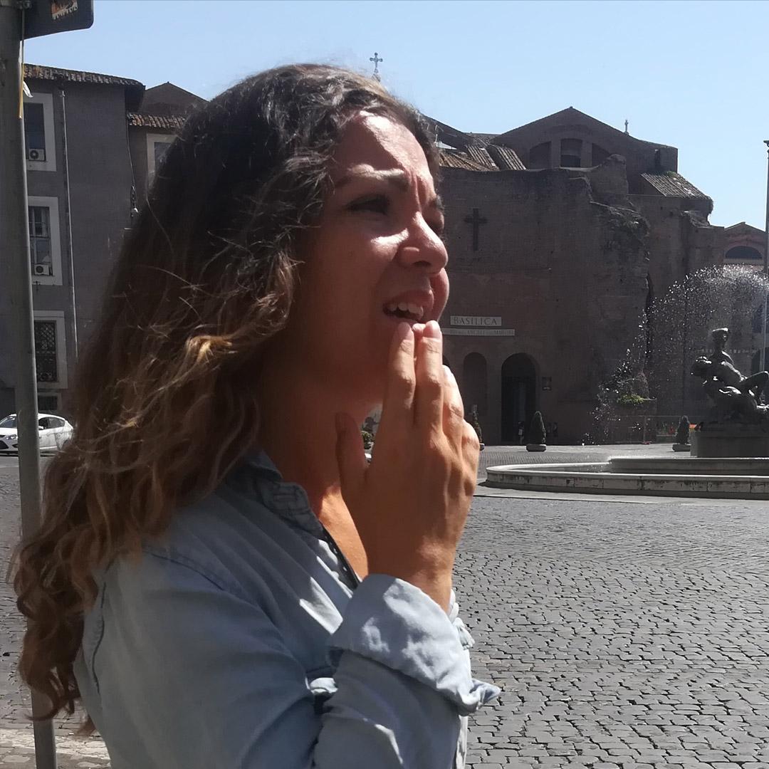 Marie, guide officielle à Rome